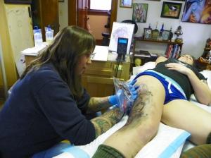 TeeJay tattooing Sara
