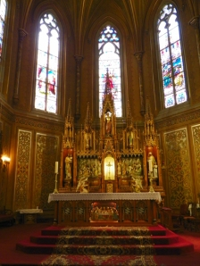 altar at St Michaels
