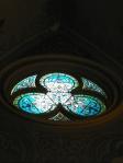 upper round window