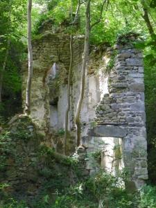 corner of building Vallee du Madet