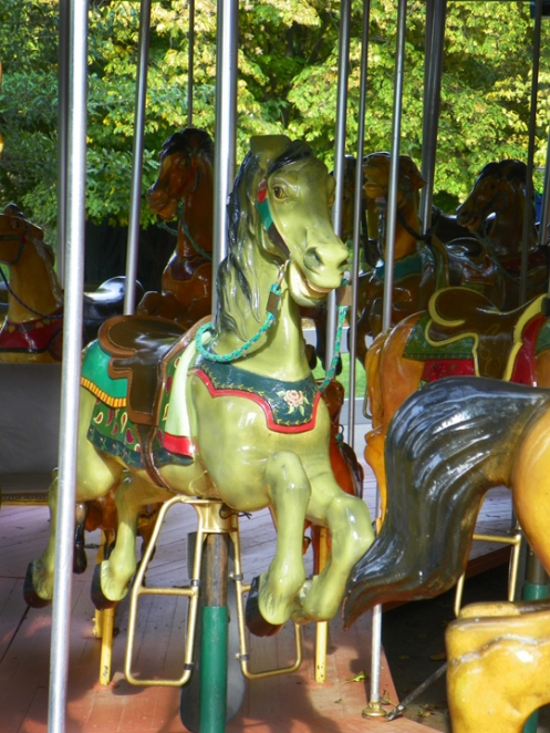 plae green horse carousel